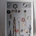 Bewaar je sieraden op een practische en speelse manier