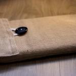 Deze laptophoes is gemaakt van jute en heeft een zachte voering aan de binnenkant. Geschikt voor elke maat.